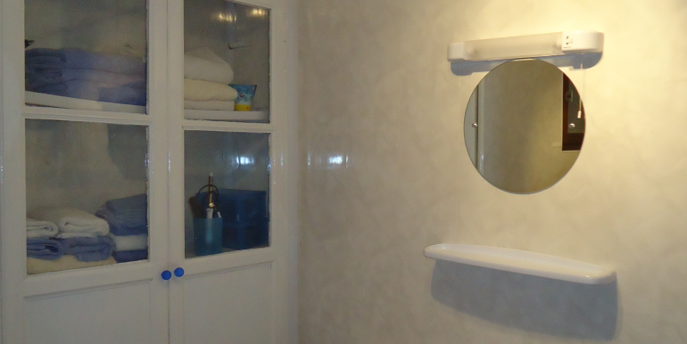 Le Ham shower room No 2