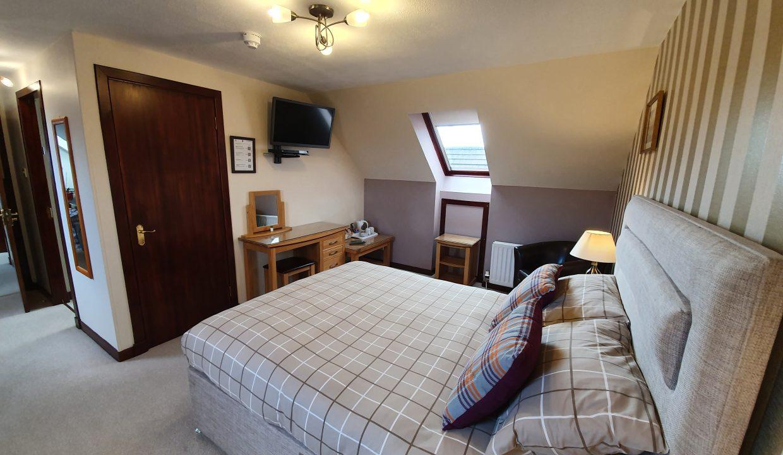 Room 5 02